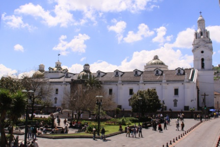 QUITO Plaza Mayor