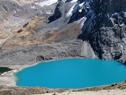 azur d'un lac glaciaire