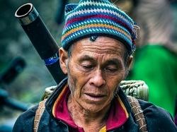 Fermier du marché de Dong Van