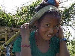 Femme aux champs Nepal
