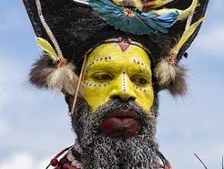Parure colorée du mystérieux Hulis Wig-Man